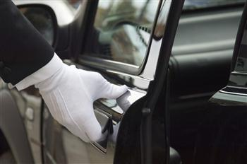 GARUDA INDONESIA INTRODUCES COMPLIMENTARY CHAUFFEUR SERVICE (1280x850)