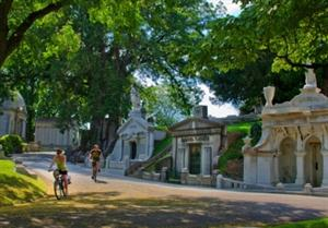40 Civil War generals are among those resting for eternity at Laurel Hill Cemetery, one of the few cemeteries in the nation to be designated a National Historic Landmark. (Credit: Photo by R. Kennedy for GPTMC).