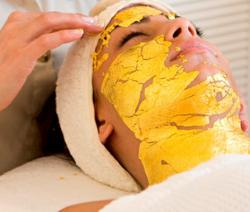 gI_128750_24k-gold-facial