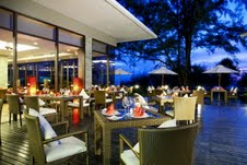 Centara Grand West Sands Resort & Villas Phuket - Sunset Breeze Restaurant & Bar