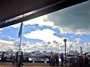 Dolphin cloud at Port Stephens