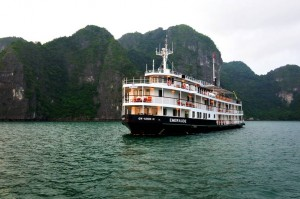 Emeraude on Halong Bay