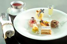 The Lounge & Bar x Damiani tea set 2