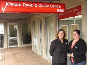 Travellers Choice BDM Victoria Sharon Richardson and Kilmore Travel and Cruise Centre founder Leesa Maxfield_Aug 2013