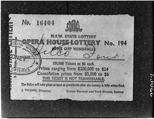 The winning ticket in Nov 1967, won by a syndicate arranged by a Mr Kent...