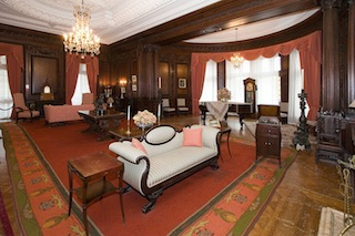 OAK Room, one of the many sitting rooms throughout the 98-room Casa Loma. (Steven V. Rose)