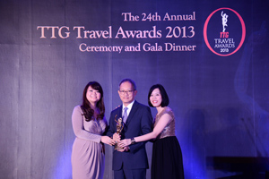 Dusit_International_TTG_Travel_Awards_2013_low