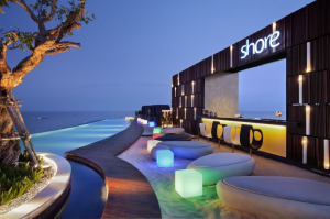 Shore bar (Infinity pool's bar) on level 16