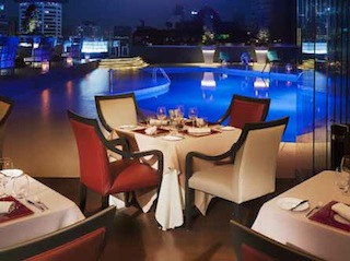 The wine dinner will be held in il Cielo, the award-winning Italian restaurant and bar of the hotel. Credit: Hilton Hotels & Resorts.