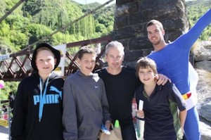 Bungyman (right) with Remarkables Primary teacher Matt Williams (centre) and students (L-R) Callum Judkins, Tom Howie and Matthew Bell
