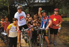 Cycle_Vietnam_group-small
