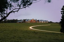Spicers Peak Lodge - Lights at Dusk