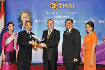 TG203-New Zealand Prime Minister Meets THAI Chairman and THAI Board of Directors