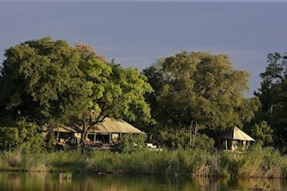 Zarafa_Camp_copyright_Beverly_Joubert