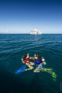 Snorkelling off the Reef Endeavour Fiji