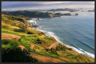 The par-3 7th at Kauri Cliffs, with the South Pacific and Cavalli Islands as backdrop.