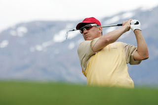 Former professional golfer Peter O'Malley will play at the NZ Open in Queenstown later this month