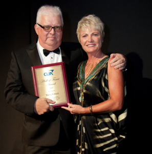 Hall of Fame Winner Steve Lloyd with past Cruise Council Chairman Sarina Bratton