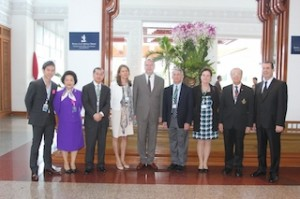 ):  Vitanart Vathanakul (Royal Cliff Hotels Group Executive Director), Mrs. Panga Vathanakul (Royal Cliff Hotels Group Managing Director), Dr. David Ho (Scientific director and Chief Executive Officer of the Aaron Diamond AIDS Research Center),  Dr. Heidi Jane Larson, Professor Peter Piot (Director of The London School of Hygiene and Tropical Medicine), Dr. Anthony Fauci, Dr. Christine Grady (Chief of the Clinical Center's Department of Bioethics) and Professor Supat Vanichakarn (Secretary-General of the Prince Mahidol Award Foundation).