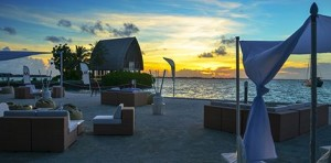 Press release M-Lounge at sunset