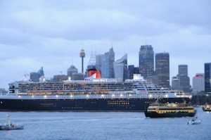 Queen Mary 2 in Sydney