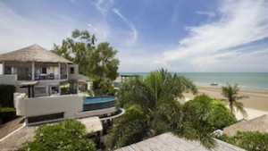 Aleenta Hua Hin-Pranburi is located 30 minutes south of Hua Hin.