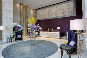 04 Lobby with Flowers