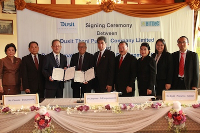 6 - _Agreement Signing Ceremony_ at Dusit Thani Bangkok