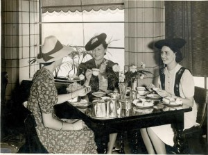 Dining ladies old style