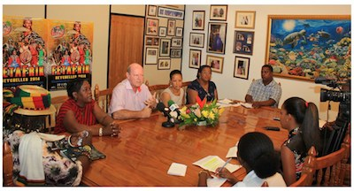 left – right Achile Luc and Marietta Matombe FetAfrik Committee members, Alain St.Ange Minister for Tourism and Culture, Benjamine Rose Chairperson FetAfrik & Principal Secretary for Culture and Cecile Kalebi member of FetAfrik Committee.