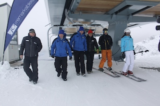 A lift to the top of Curvey Basin – (L to R) Ross Lawrence, Bill English, Todd Barclay, Paul Anderson, and NZSki directors Graham Smolenski and Jacqui Davies