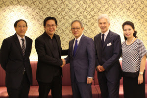 From left to right: Mr Pana Janviroj (President – Nation News Network), Mr Justin Tan (Technology Advisor - Nation News Network), Mr Chanin Donavanik (Managing Director and Chief Executive Officer - Dusit International), Mr David Shackleton (Chief Operating Officer - Dusit International) and Ms Jurairat Sirisambhand (Group Director of Partnership Marketing & Corporate - Dusit international)