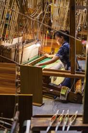 Exclusive Private Lessons from Shu master and shopping of Shu Embroidery and Weaving