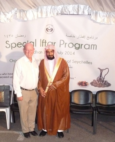Minister Alain St.Ange and Sheikh Faizal Al-Anasi, the Saudi Imam who was in Seychelles for the Special IFTAR Event