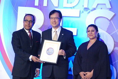TG090 Photo News THAI Receives Runner Up Award for  Best Airlines  (Family) from Travel Leisure India's Best Award 2013