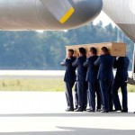 More MH17 victims arrive to the Netherlands