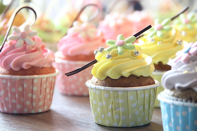 PressReleasePicture - YUMMY MUMMY HOME MADE CUP CAKE AT DELI SWISS
