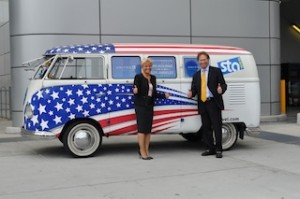 Alison Espley and Dave Hilfman of United Airlines enjoyed a trip in STA Travel's STAn Kombi van for their inaugural flight to LA this week