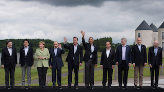 G8 leaders family photo