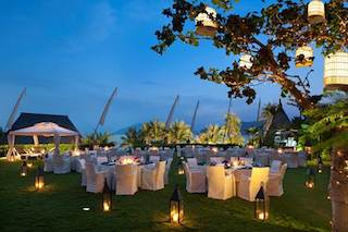 Gala Dining in the Garden of Mandarin Oriental, Sanya