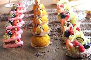 PressReleasePicture - FRENCH PASTRIES & DESSERT AT DELI SWISS