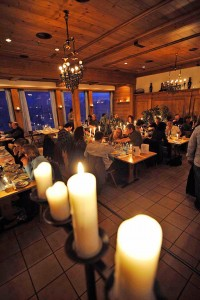 CandleLight Dinner, Kerzenlicht, Nachtessen; CandleLight Dinner, Dinner;
