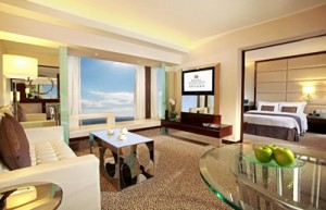 2. Regal Kowloon Hotel_Executive Suite