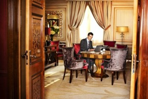 HOTEL PRINCIPE DI SAVOIA_BUSINESS_DESK_006