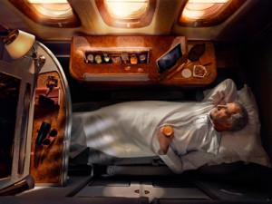 Emirates A380 First Class Suite li 2_tcm133-2358952
