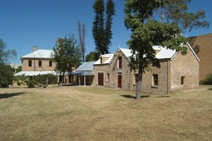 Glenalvon House and Stables