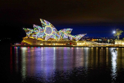VIVID SYDNEY 2015_Sydney Opera House_ Living Mural_ Universal Everything_Credit Destination NSW_JH029