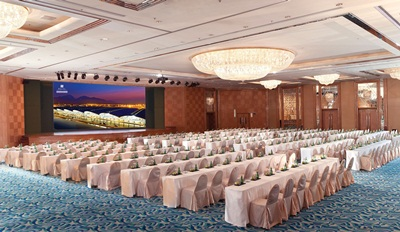 Regal Airport Hotel HK Ballroom LED_side