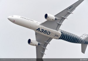 csm_Bourget_2015_-_day_1_demo_flight_A350_XWB_4fa8e0669b