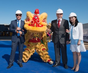 Anthony Kaufman, Senior Vice President, Asia Operations, Princess Cruises (left); Attilio Dapelo, Fincantieri Shipyard Director (Middle) and Cherry Wang, Country Director, Carnival China (right) at  Monfalcone, Italy for the traditional keel laying ceremony featuring first Chinese lion dance ceremony to mark construction milestone. (PRNewsFoto/Princess Cruises)